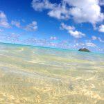 ハワイで行きたいビーチNo,1。天国の海ラニカイビーチ!サーファーもたまには大切な人とビーチでゆっくり過ごしてみては !?