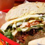 サーファー真木勇人 お気に入りの店! ノースショアで一番美味しいサンドイッチ屋さん「ワイアルア・ベーカリー」