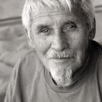 RIP「ラビット・ケカイ」 ハワイとサーフィンに絶大な功績を果たしたワイキキのビーチボーイが95歳で死去