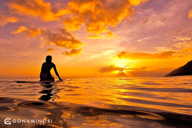 何故か『夕陽』で心が震えてしまうハワイのサーフポイント5選